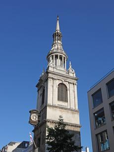 セント・メアリ・ル・ボウ教会の塔の写真素材 [FYI04876993]