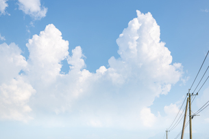 夏の雲の写真素材 [FYI04877250]