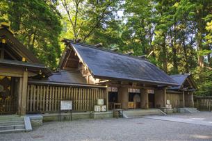 初夏の天岩戸神社 西本宮の写真素材 [FYI04883126]