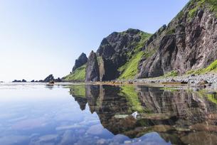 礼文島の奇岩・地蔵岩の写真素材 [FYI04886284]