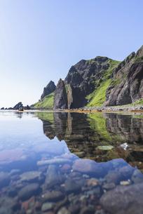 礼文島の奇岩・地蔵岩の写真素材 [FYI04886285]