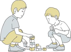 積み木で遊ぶ子供たちのイラスト素材 [FYI04886885]