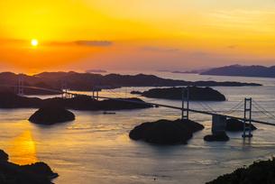 しまなみ海道の夕景の写真素材 [FYI04886955]