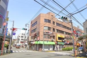 新井薬師前駅周辺の写真素材 [FYI04887234]