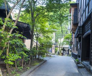 熊本県 風景 黒川温泉 温泉街点景の写真素材 [FYI04888308]