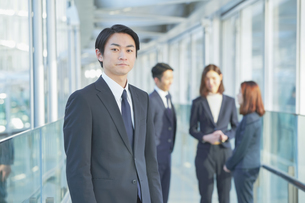 ビジネスマンの写真素材 [FYI04889663]