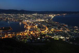 函館 夜景の写真素材 [FYI04890302]