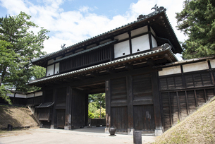 弘前城 追手門の写真素材 [FYI04890304]