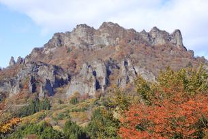 妙義山の紅葉の写真素材 [FYI04890661]