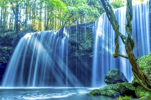 鍋ヶ滝の写真素材 [FYI04890945]