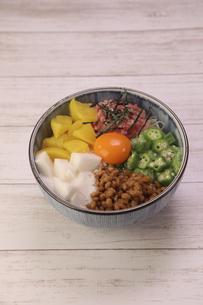 バクダン丼の写真素材 [FYI04891215]
