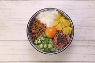 バクダン丼の写真素材 [FYI04891216]