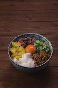 バクダン丼の写真素材 [FYI04891218]