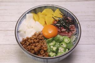 バクダン丼の写真素材 [FYI04891222]