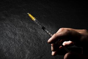 違法薬物イメージの写真素材 [FYI04892494]