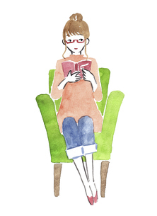 ソファーで読書する女性 水彩イラストのイラスト素材 [FYI04892686]