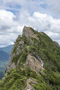 石鎚山 天狗岳山頂(愛媛県)の写真素材 [FYI04894144]