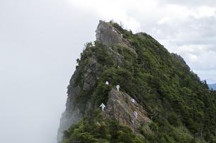 石鎚山 天狗岳山頂(愛媛県)の写真素材 [FYI04894152]