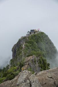 石鎚山 弥山山頂(愛媛県)の写真素材 [FYI04894155]