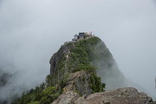 石鎚山 弥山山頂(愛媛県)の写真素材 [FYI04894156]