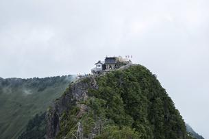 石鎚山 弥山山頂(愛媛県)の写真素材 [FYI04894162]