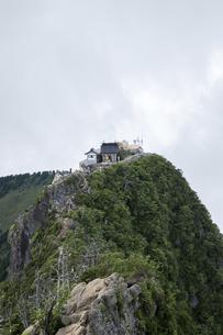 石鎚山 弥山山頂(愛媛県)の写真素材 [FYI04894163]