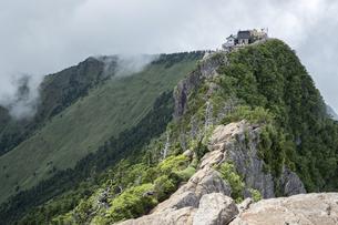 石鎚山 弥山山頂(愛媛県)の写真素材 [FYI04894165]