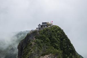 石鎚山 弥山山頂(愛媛県)の写真素材 [FYI04894166]