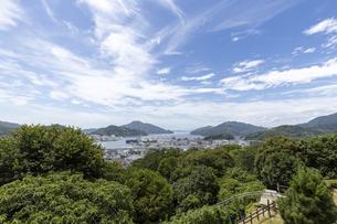 宇和島城からの市街地の眺めの写真素材 [FYI04894200]