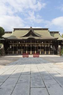 小倉城八坂神社の拝殿の写真素材 [FYI04895828]