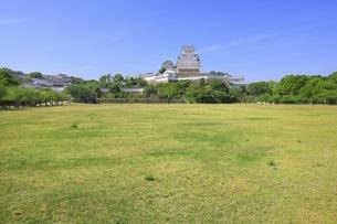姫路城三の丸広場の写真素材 [FYI04898374]