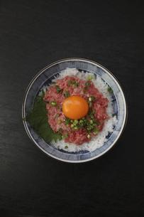 ねぎとろ丼の写真素材 [FYI04899516]