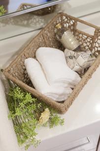 洗面台のタオルの写真素材 [FYI04899586]