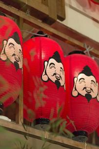 今宮戎神社の提灯の写真素材 [FYI04900586]