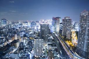 東京都心の夜景の写真素材 [FYI04903885]