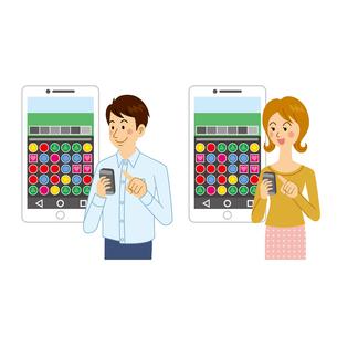 ゲームアプリで遊ぶ男女のイラスト素材 [FYI04905729]