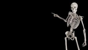 骸骨が指をさしているイメージの写真素材 [FYI04906350]