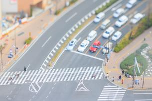 春日町交差点横断歩道のジオラマの写真素材 [FYI04908950]