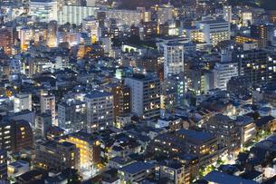 都市の夜景の写真素材 [FYI04909404]