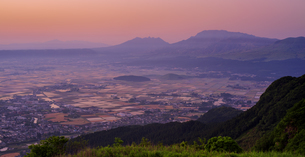 熊本県 風景 かぶと岩展望所よりの眺望 朝景の写真素材 [FYI04910615]