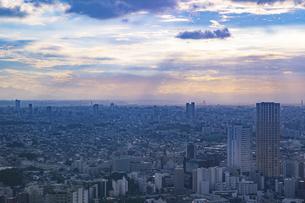 東京・都市部の夕景の写真素材 [FYI04910763]