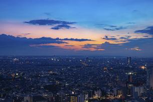 東京・都市部の夕景の写真素材 [FYI04910764]
