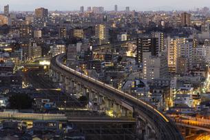 東京・都市部の夕景の写真素材 [FYI04910776]