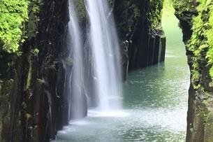 高千穂峡と真名井の滝の写真素材 [FYI04912827]