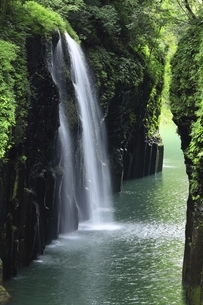 高千穂峡と真名井の滝の写真素材 [FYI04912833]