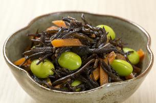 ひじきと豆の煮物の写真素材 [FYI04913725]