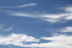 空と雲の背景の写真素材 [FYI04915679]