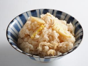タケノコご飯の写真素材 [FYI04915998]