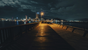 【香川県 高松市】夜のサンポート高松 高松港の写真素材 [FYI04917159]