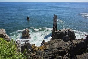 唐桑半島 巨釜・折石の写真素材 [FYI04917687]